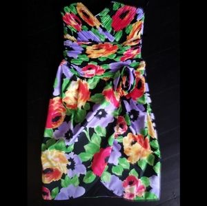 Hot 1980's strapless party dress